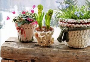 květináče - starý svetr