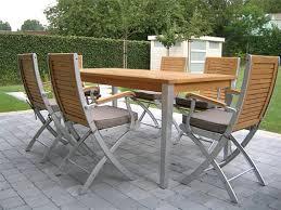 zahradní nábytek - dřevěný