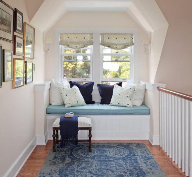 okenní sezení  - schodiště