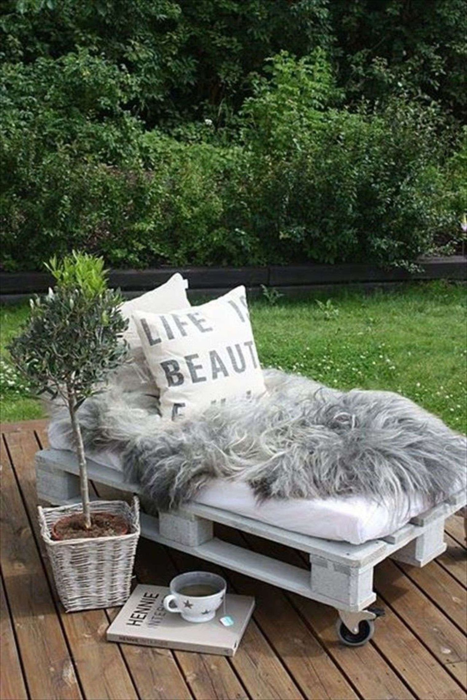 zahradní nábytek z palet - lenoška