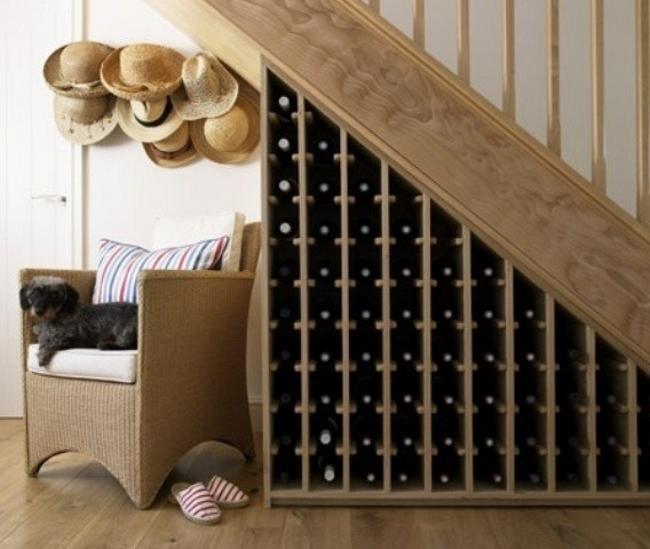 domaci-vinoteka-pod-schody