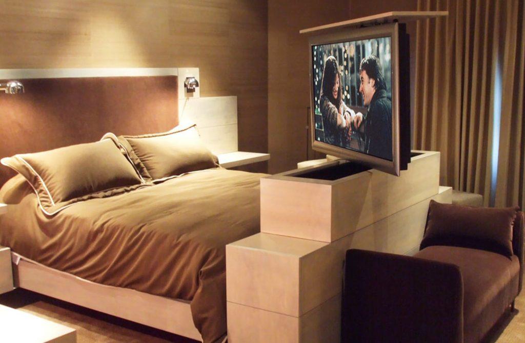kam schovat televizi - komoda