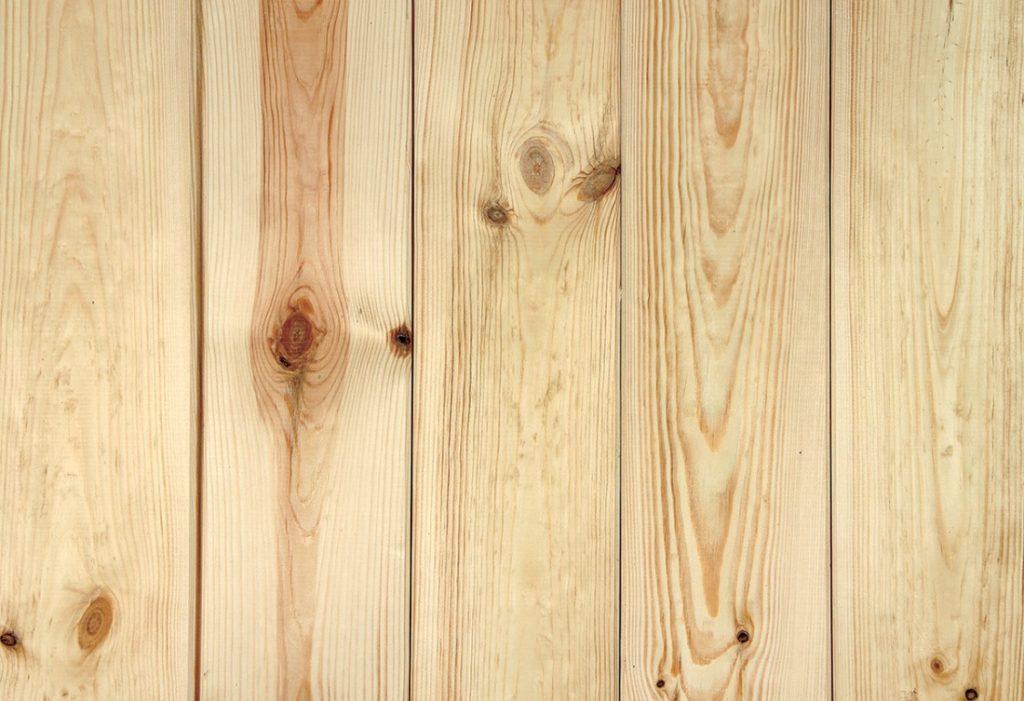 Obkládáme stěnu dřevěným profilem