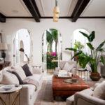 Moderní umělé květiny oživí interiér nejen alergikům