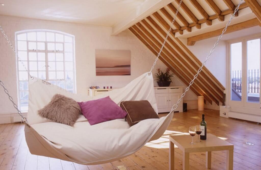 Útulné bydlení v podkroví: znáte pravidla pro jeho zařízení?