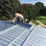 Lidé investují do střešních solárních elektráren. Důvodem jsou dotace