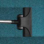 Sáčkové vs. bezsáčkové vysavače: které jsou účinnější a praktičtější?
